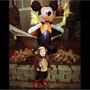 Adorbs, OLD NAVY, monkey costume!!